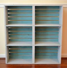 DIY Crate Bookcase - Amy Latta Creations - my best home decor list Crate Furniture, Home Office Furniture, Furniture Projects, Crate Bookcase, Crate Shelves, Diy Casa, Diy Patio, Diy Organization, Home Decor Inspiration