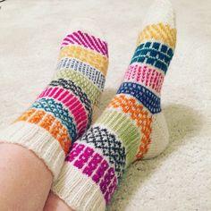 img_1235 Wool Socks, Knitting Socks, Boot Toppers, Bonnet Hat, Colorful Socks, Knit Crochet, Crochet Socks, Knitting Patterns, Diy And Crafts