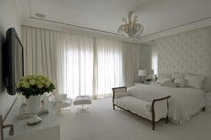 Imagem de http://assimeugosto.com/wp-content/uploads/2012/07/roberto-migotto-quarto-casal.jpg.