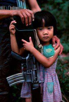 luzon, philippines. Children of War | Steve McCurry