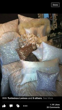 Fur and sparkle pillows! Diy Projects Arts And Crafts, Bling Bedroom, Glam Living Room, Living Rooms, Girl Nursery Themes, Home Decor Bedroom, Bedroom Ideas, Master Bedroom, Beauty Room