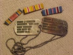 ORIGINAL WWII US NEXT OF KIN DOG TAGS AND RIBBONS FROM ESTATE