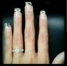 Zebra tip nails