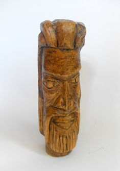 B11276 £18 inc UK post. Offers welcome. A vintage carved light wood head of a bearded man, possibly African or South American in origin, which has been carved out of a single piece of wood, probably a branch. The figure has been lightly cleaned only in order to retain what patina there is. It is structurally sound but rather wobbly when placed on a flat surface. There is a small natural knothole in the wood to one of the sides. For further info/photos, please contact us.
