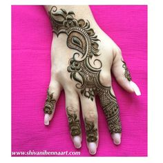 Brampton Mehndi Services by Shivani Bridal Henna Services in toronto Brampton Mississauga Mehndi Artist in toronto brampton Henna Party Mehendi Party Heena Art By Shivani night traditional arabic designs Wedding mehndi lady sell rajasthani henna powder Mehndi Designs 2018, Mehndi Designs For Girls, Modern Mehndi Designs, Mehndi Designs For Fingers, Mehndi Design Images, Mehandi Designs, Heena Design, Pretty Henna Designs, Beautiful Mehndi Design