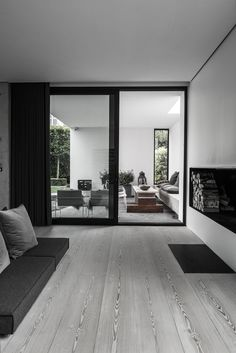 'Minimal Interior Design Inspiration' is a weekly showcase of some of the most perfectly minimal interior design examples that we've found around the web - all Interior Design Examples, Interior Design Inspiration, Inspiration Boards, Design Exterior, Interior And Exterior, Minimalism Living, Style At Home, Home Fashion, Interior Architecture