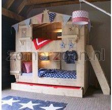 3-persoons steigerhouten stapelbed. Dit is een vet cool bed waar 3 kindjes met gemak in kunnen slapen. Bezoek onze winkel in Milheeze.