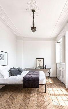 Interior Minimalista, Bedroom Wood Floor, Bedroom Flooring, Parquet Chevrons, Trendy Bedroom, Minimalist Bedroom, Minimalist Scandinavian, Scandinavian Bedroom, Cheap Home Decor