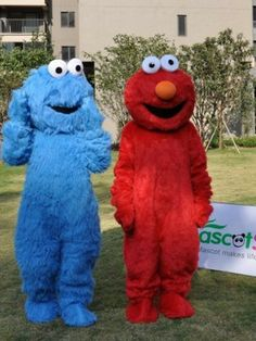 Hot sale 2013 fast shipping Elmo And Cookie Monster Mascot Costume Wholesale Animal Winter Dress  Free Shipping $290.99 - 306.99
