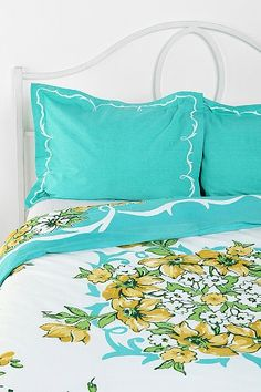 Plum & Bow Hanky Filigree #Sham - Set Of Two $34 @ Urban Outfitters #bedroom #bed #decor #pillows