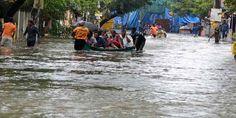 Tamil Nadu CM urges Modi to construct 50,000 houses in rain-hit areas