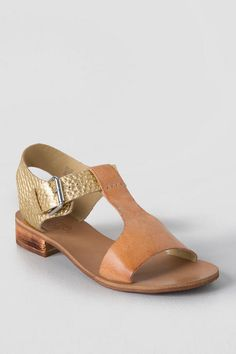 "-++By+Latigo  -++Leather+upper,+Synthetic+lining  -++1""+wood+heel  -++Adjustable+buckle+closure  -++Imported"
