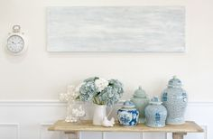 Three Decorating Rules When Decorating With Coastal Themed Accent Pillows - Coastal Decor - Blue White Decor, Hamptons Decor, Hamptons House, The Hamptons, Blue Decor, Hamptons Style Decor, White Decor, Hamptons Style Homes, Decorating Rules