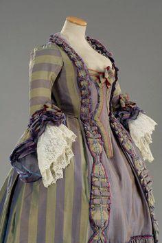 Robe plis Watteau Costume designed by Alessandro Lai for Chiara Muti in Rosa e Cornelia (2000) From Tirelli Costumi