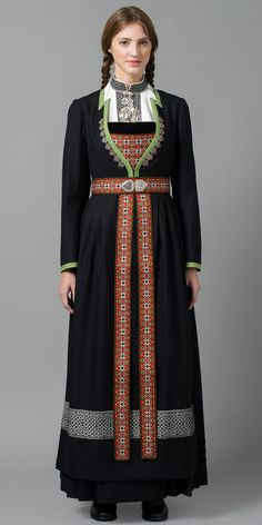 Hello all, Today I will cover the last province of Norway, Hordaland. This is one of the great centers of Norwegian folk costume, hav. Abaya Fashion, Fashion Outfits, Norwegian Clothing, Scandinavian Embroidery, Norwegian Style, Costumes Around The World, Folk Clothing, Dress Attire, Folk Costume