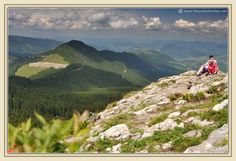 04_rarau_mountains_bucovina_slatioara_ladys_rocks.jpg 1.200×823 pixels