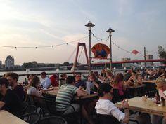 A La Plancha in Rotterdam, Zuid-Holland #seafood #fish #vis #restaurant #Noordereiland #Rotterdam #popup #popuprestaurant #zon #sunny https://en.rotterdam.info/visitors/events/14224/la-plancha/ | NL: https://www.rotterdam.info/bezoekers/agenda/14224/la-plancha/