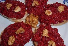 Pomazánka z červené řepy s ořechy - Recepty.cz - On-line kuchařka Tandoori Chicken, Raspberry, Fruit, Ethnic Recipes, Food, Essen, Meals, Raspberries, Yemek