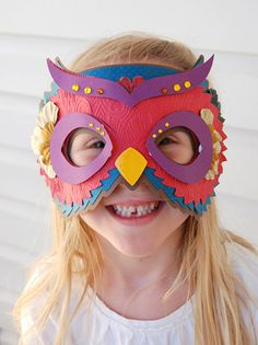 Owl mask made with Cricut! Would be such a fun project for kids or as an a activity center