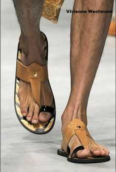 Vviienne Westwood sandalia de piel para chico