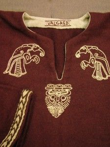 "Very eye-catching ""viking raven No. 9"" from Valgred Historical Costumes."