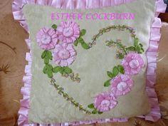 cojin bordado en cintas 2013 - manosalaobratv