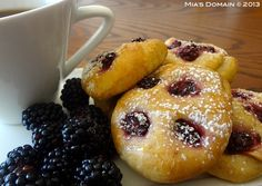 Mia's Domain: Mini Blackberry White Chocolate Focaccia