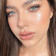 Fresh Makeup Look, Neutral Makeup Look, Natural Glowy Makeup, Glossy Makeup, Glowy Skin, Dewy Skin Makeup, Eyelashes Makeup, Highlighter Makeup, Cute Makeup