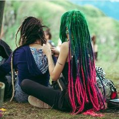 Rad or Fad?  Rainbow  #hippiespirits #hippielife #hippiestyle #hippiedreadlocks…