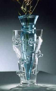 Bořek Šípek - Millennium vase Glass Design, Design Art, Glass Molds, Pressed Glass, Carnival Glass, Glass Ornaments, Czech Glass, Glass Art, Famous Designer