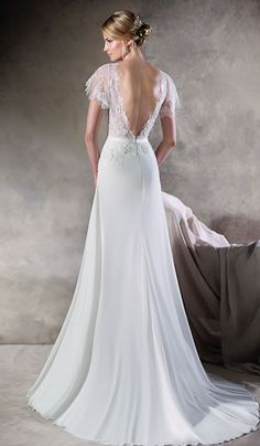 Huberta - La Sposa at Bicester Bridal