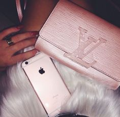 fdf8877e5f8d4 21 Best Gucci Handbags sale!!! images