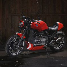 Totally Red  Z17/3 'Rebel'  Shoot by @tetykhin_moto  #garagebuilt #selfbuilt…