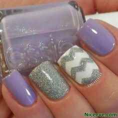 Beautiful Nails Pretty nails art I think I found my nails for Halloween! I love that color purple! I'm tired of seeing so many Zig zag desi. Get Nails, Fancy Nails, Love Nails, How To Do Nails, Pretty Nails, Cute Nail Designs, Acrylic Nail Designs, Acrylic Nails, Pretty Designs