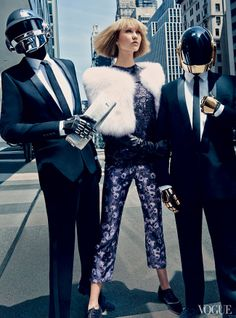 'All-Ages Show' Karlie Kloss & Daft Punk by Craig McDean for US Vogue August 2013 [Editorial] - Fashion Copious Daft Punk, Karlie Kloss, Vogue Photo, Vogue Us, Fashion Models, High Fashion, Vogue Fashion, Fashion Tape, Fashion Group