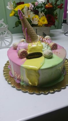 Tort aniversar blat cacao crema  ciocolata si crema mascarpone cu fructe de padure Birthday Cake, Desserts, Food, Mascarpone, Birthday Cakes, Deserts, Dessert, Meals, Birthday Cookies