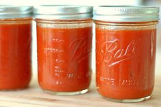Now is the time to plan for delicious homemade tomato soup in winter. Here's how to make and preserve that fresh in-season flavor for months to come. (winter food in season) Tomato Soup Can Recipe, Canning Tomato Soup, Tomato Soup From Scratch, Fresh Tomato Soup, Tomato Sauce, Canning Tomatoes, Tomato Tomato, Homemade Tomato Basil Soup, Healthy Canned Soups
