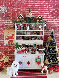 flew the coop: Holiday Sweets Hutch Christmas Barbie, Christmas Store, Christmas Minis, Miniature Crafts, Miniature Christmas, Miniature Dolls, Handmade Christmas Decorations, Christmas Themes, Christmas Crafts