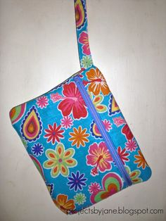 Front zip pouch tutorial ~ Projects by Jane                                                                                                                                                     More