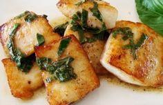 Ibocconcini di merluzzo con salvia e paprika sono un ottimo secondo piatto di pesce, leggero e saporito. Sono facili da preparare e richiedono poco tempo