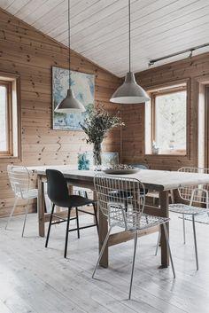 FINN – Unik arkitekttegnet bolig med spennende planløsning over ett plan. Båtplass, garasje, 4 soverom og over 2 mål tomt.