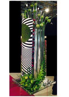 Susan Suter, Canada, First Place Optical Illusion Design at WAFA Ireland Corporate Flowers, Modern Wedding Flowers, Modern Flower Arrangements, Pomegranates, Garden Club, Flower Show, Irises, Art Floral, Ikebana