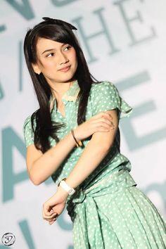 Lagi kangen sama ibu negara,mudah-mudahan pas ultah melody,JKT48 Tangsel udah…