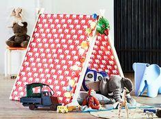 Das zusammenklappbare Kinderzelt bietet auch in kleinen Räumen für große und kleine Abenteurer eine gemütliche Rückzugshöhle im Großstadt-Dschungel.