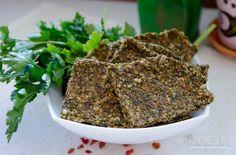Сегодня у нас в меню снова хлебцы, но уже совершенно по другому рецепту. Осознав, сколько вкусных возможностей дарит дегидратор, грех не поэкспериментировать, поэтому встречайте — сыроедные травяные хлебцы! Ещё больше вкуса, и ещё больше хруста :) Ингредиенты: семена льна — 1/2 стакана семена подсолнечника — 300 г помидоры — 2 шт. (большие) лук — 1 …
