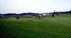 Das #Granithochland im Frühling entdecken. Weitere Informationen zu #Urlaub im #Mühlviertel in #Österreich unter www.muehlviertel.at - ©Mühlviertel Marken GmbH/Stiendl Golf Courses, Bicycling, Branding, Vacation
