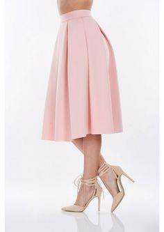 Perfect for any date-no matter day or night. This midi pleated skirt has a waist band and back zi...