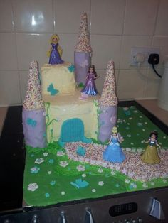i made this princess castle cake for my little girls 4 birthday party. she loved it <3