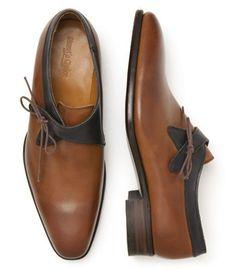 The side lace monkstrap is a very classy look. Side Lace Monk Strap by Paul Stuart. Sock Shoes, Men's Shoes, Shoe Boots, Dress Shoes, Sharp Dressed Man, Well Dressed Men, Gentleman Shoes, Fashion Shoes, Mens Fashion