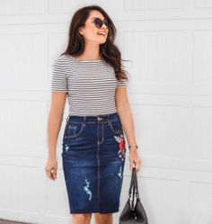 skirts short -- Click visit link above to find out Modest Skirts, Modest Outfits, Classy Outfits, Stylish Outfits, Jean Skirts, Cute Fashion, Modest Fashion, Skirt Fashion, Denim Skirt Outfits